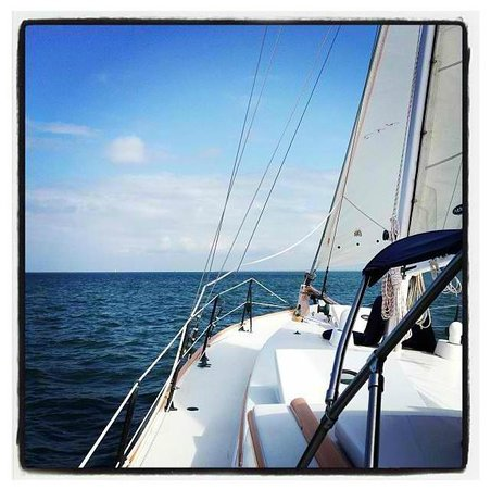 East End Charters LLC-Day Tours: Raise the sail.