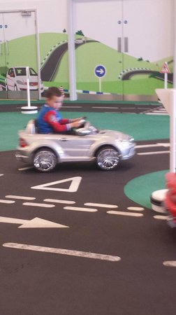 Mercedes Benz World At Brooklands: Kiddie Driving School