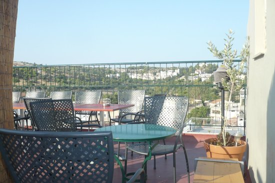 AthenStyle Hostel: La terraza