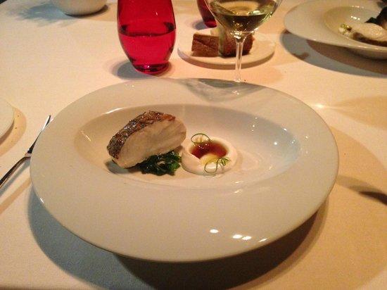 Alborada: Merluza, deliciosa salsa