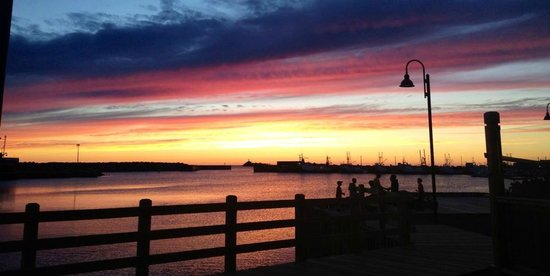 The Harbour Quarters Inn: took this on the grounds of the harbour quarters! an august sunset