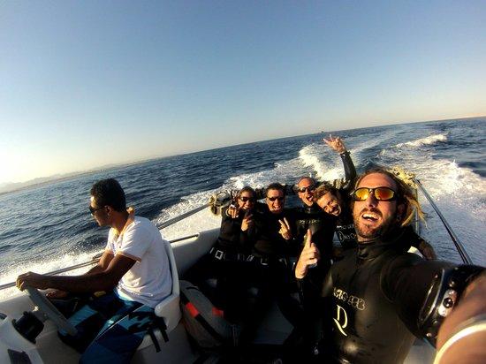 Only One Apnea Center : Speadboat Trip to Gordon Reef