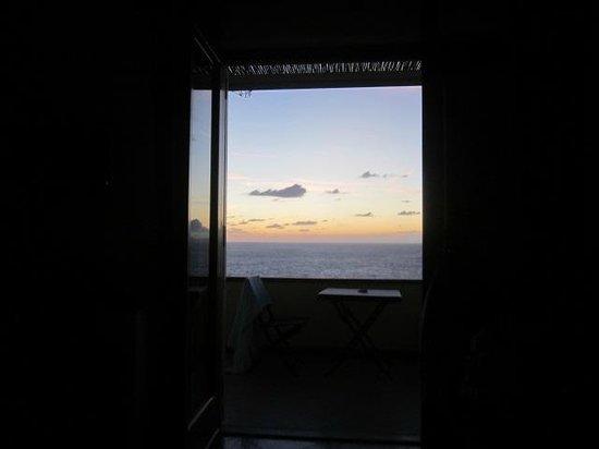 B&B Cala del Rio Isola di Capri : View from the bed
