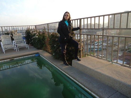 Imperio Suites: com todo o Frio de Santiago, impossível aproveitar a piscina