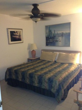 Sugar Beach Condominiums: our bedroom