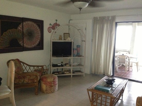 Sugar Beach Condominiums: our living room