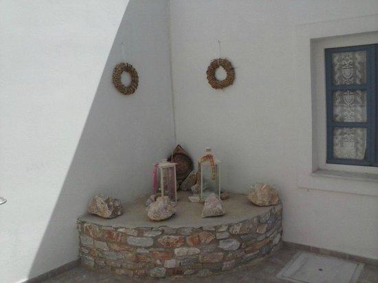 Manos Syros: Ett av hotellets många mysiga vinklar och vrår