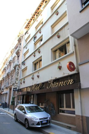 Citotel Trianon: front facade