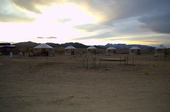 Joyful Journey Hot Springs Spa: Sunset over the little yurt village