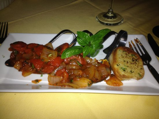 Serendipity: appetizer served on spoons