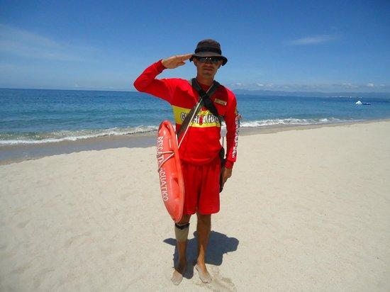 Hyatt Ziva Puerto Vallarta: Sr. Vargas, guardavidas profesional en el Dreams PV