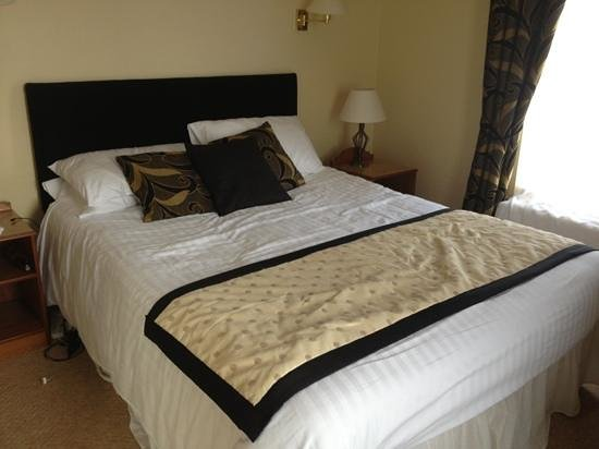 The Lough Erne Hotel: room 2 bed