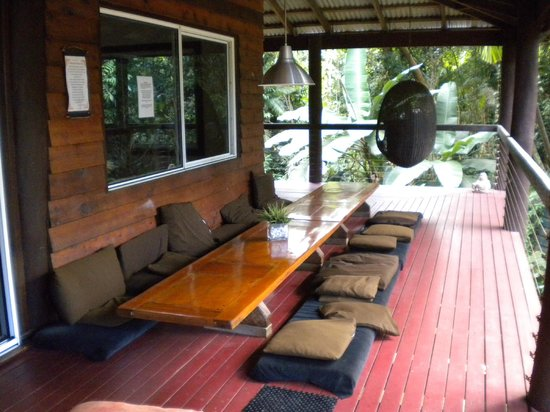 Prema Shanti Yoga & Meditation Retreat: dining area