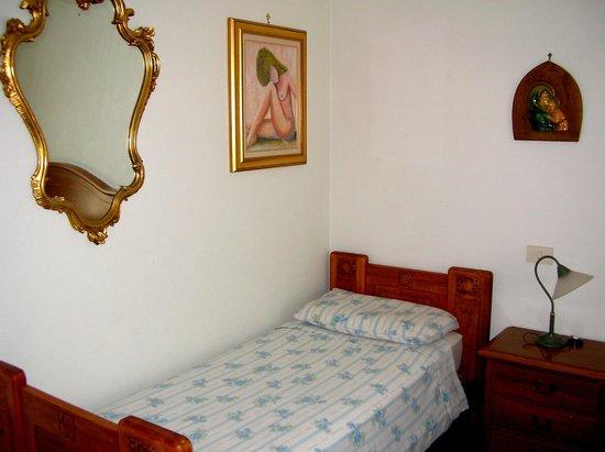 Villa Romaniani: Terzo letto