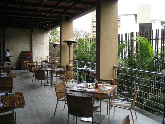 Sankara Nairobi: Patio dining part of Artisan