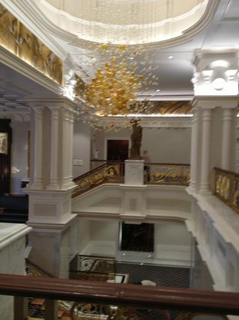 The Towers at Lotte New York Palace: Front Lobby at New York Palace Hotel