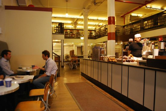 City Bakery : Cool interior