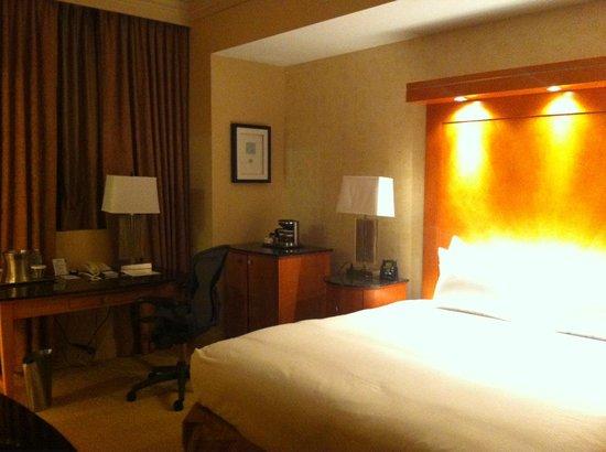 Hilton Boston Downtown / Faneuil Hall: bedroom