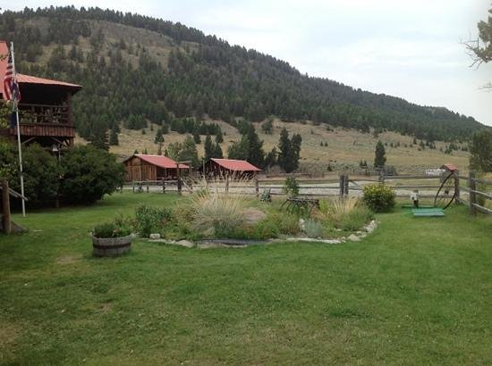 Sweet Grass (Dude) Ranch : view from our cabin