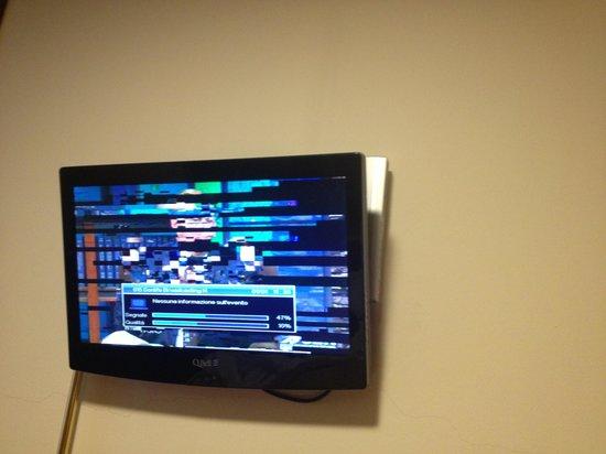 """Hotel Quo Vadis: tv """"at work"""""""