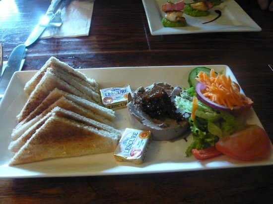Star & Eagle Restaurant: Starter - pate
