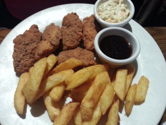 The Samuel Peto - J D Wetherspoon: chicken strips and JD sauce