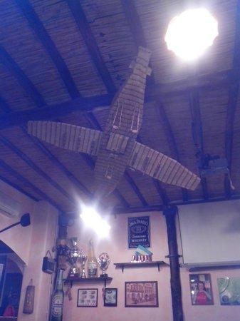 Caracajada Pub Pizzeria: Ecco a cosa servono i fiammiferi.