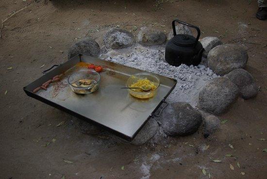Pungwe Safari Camp : healty breakfast!