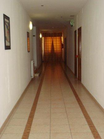 La Meridiana Hotel : corridoio camera