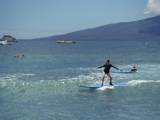 Maui Surf Clinics : up and going
