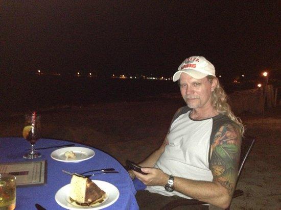 Sand Castle on the Beach: Dinner on the beach