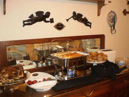 Serendipity Inn: yummy breakfast