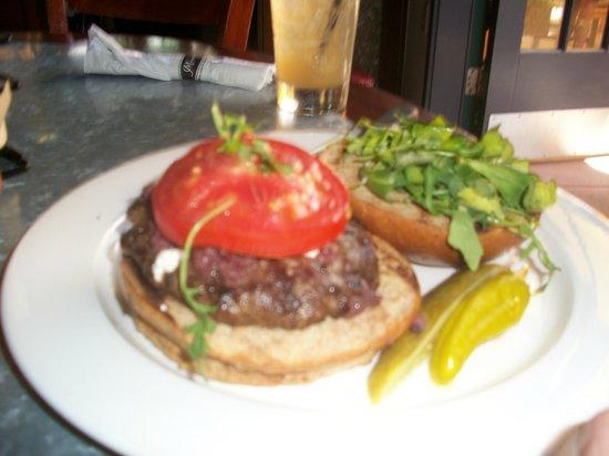 Merriman's Market Cafe : Mediterranean Burger