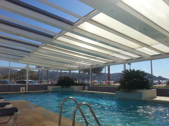 Hotel Montecarlo : Piscina