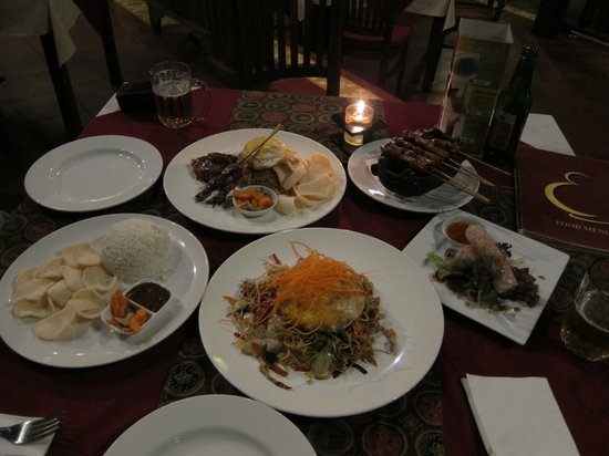 Pundi-Pundi Grill & Asian Cuisine: Dinner with drinks for two costed USD26.00 approx.