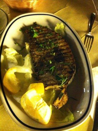 A'Lumeredda: Tuna ala griglia