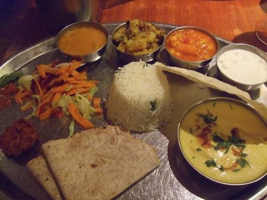 Masala Zone Islington: Grand Thali, chicken korma curry