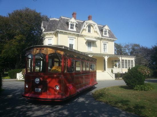 Trolley Tours In Rhode Island