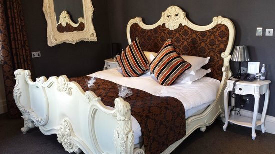 The Rutland Hotel: Bed