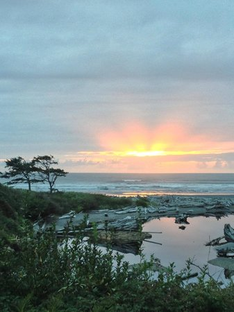 Kalaloch Lodge in Olympic National Park: Sunset taken from the Kalaloch Lodge