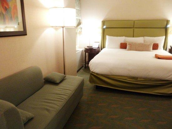 Shelburne NYC–an Affinia hotel: HABITACIÓN CORRECTA PARA UN 4 ESTRELLAS.