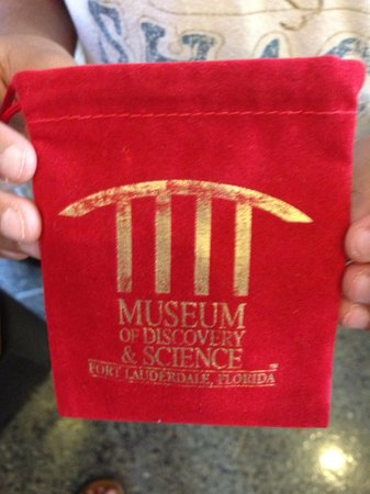 Museum of Discovery and Science: Gift shop