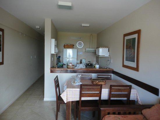 The Residence: Cocina y comedor