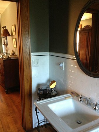 Jefferson House Bed and Breakfast : Mulkey Suite Bathroom
