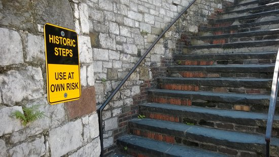 """River Street Savannah: be sure to experience the """"historic"""" steps!"""