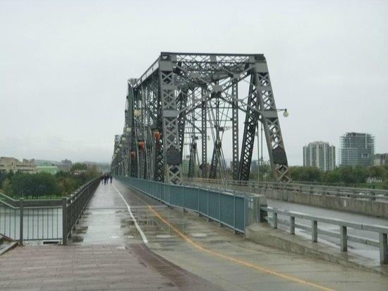 Alexandra Bridge: Vista