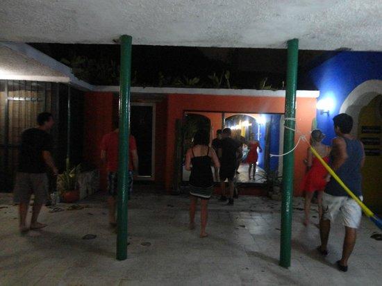 Nomadas Hostel: aula de salsa!