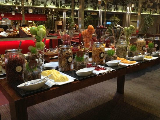 Sandton Sun: Breakfast buffet