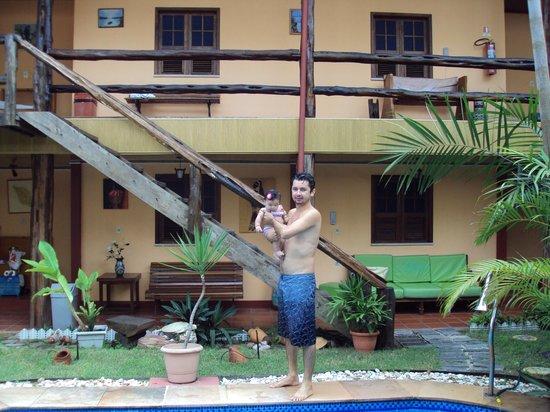 Hotel Le Massilia: Banho na piscina.