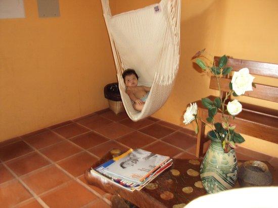 Hotel Le Massilia: minha bebê curtiu a rede!